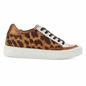 DKNY Ressa Sneakers